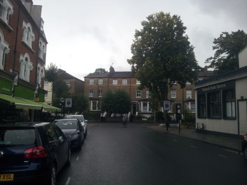Tufnell Park locals love Campdale Road which boasts Budgens, Tufnell Park Tavern and Tufnell Park. (c) Islington faces