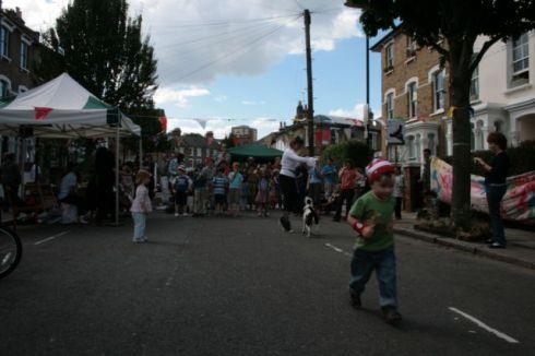 simonoleary2010_street1