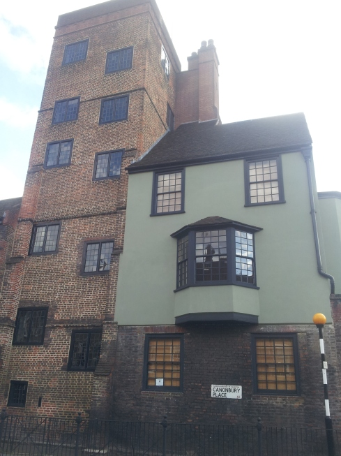 """""""I think Canonbury Tower used to be covered in ivy. The paintwork is just the sort of shade William Morris would have approved of! Good work 21st century Islingtonians!"""" - Horace Warner"""