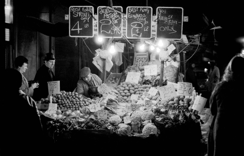 Fruit stall at Chapel Street market (c) Colin O'Brien